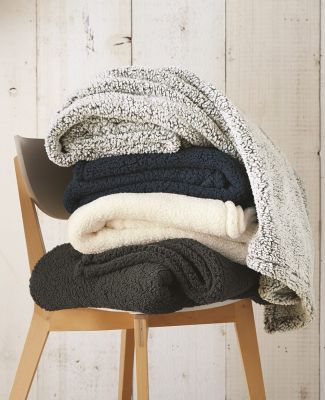Boxercraft Q21 Sherpa Blanket Catalog