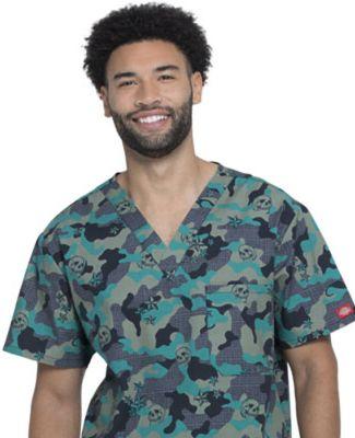 Dickies Medical DK725 -  Men's Great Outdoors V-Ne Crosshatch Camo