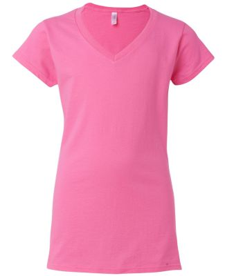 64V00L Gildan Junior Fit Softstyle V-Neck T-Shirt AZALEA