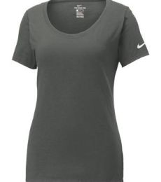 Nike BQ5236  Ladies Core Cotton Scoop Neck Tee